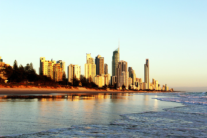 surfers paradise bucket list